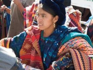 Selling-Guatemalan-handicrafts