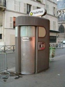 toilettes-publiques