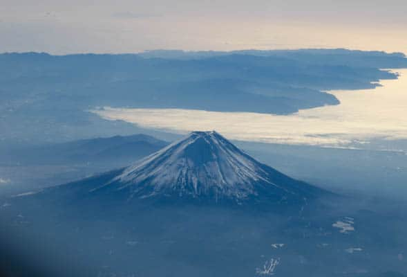 Mt-Fuji-from-the-plane