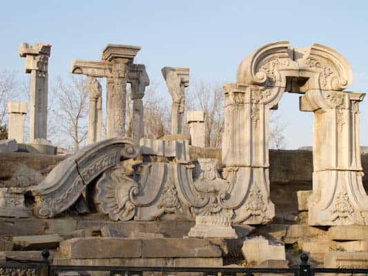 Summer-palace-ruins-in-Beijing-3