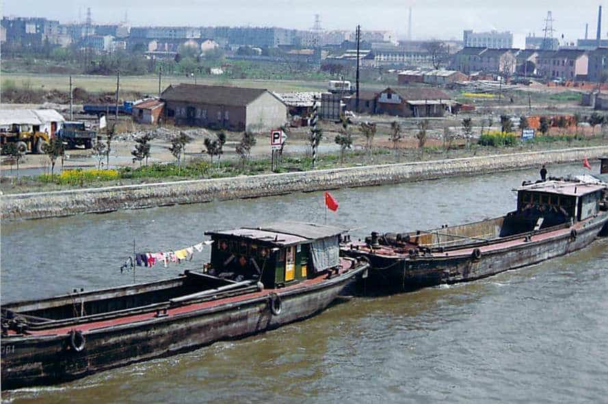 Suzhou-Grand-Canal-barge