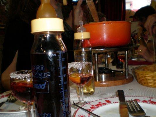 Best fondues in Paris (plus bonus fondue tips!) - Misadventures ... | {Fondues 67}