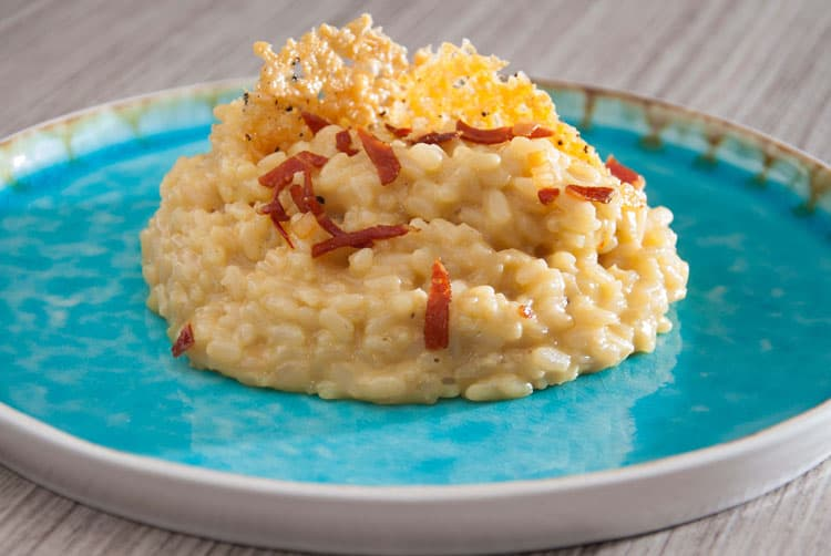 5 Dishes you have to Eat in Italy - Risotto alla Milanese
