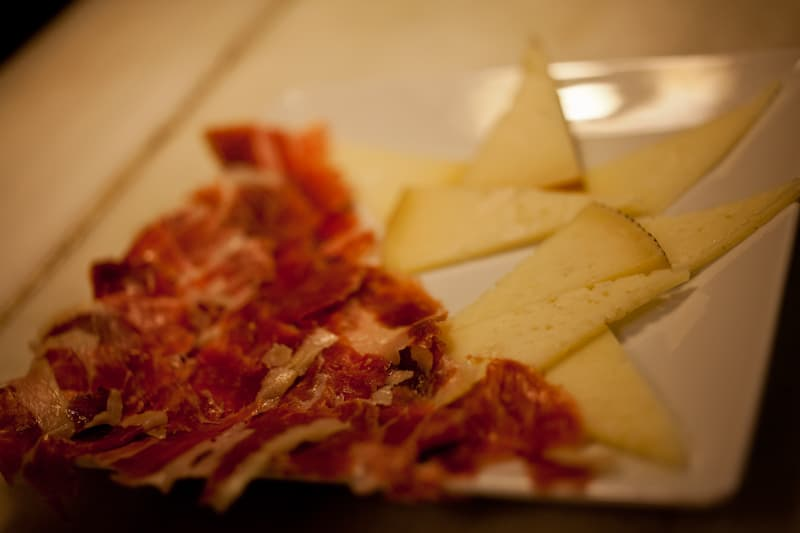 Tapas Madrid - Idiazabal cheese and Iberian ham