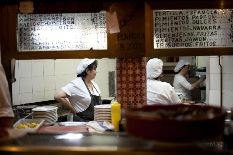 Cooks at La Trucha Madrid