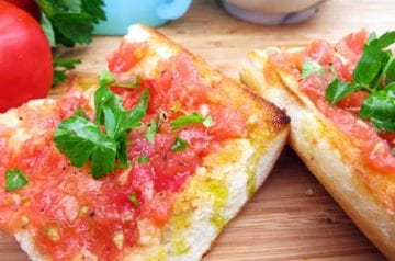 tomato-and-bread