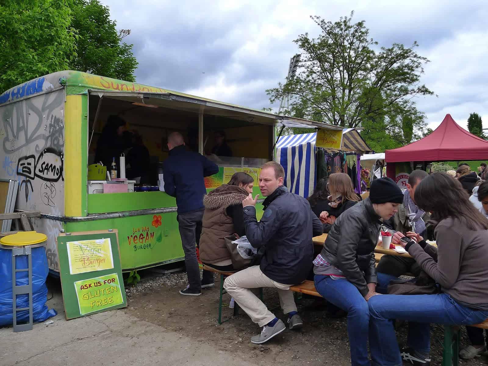 Vegetarian Restaurants in Berlin - Sun Day Burgers