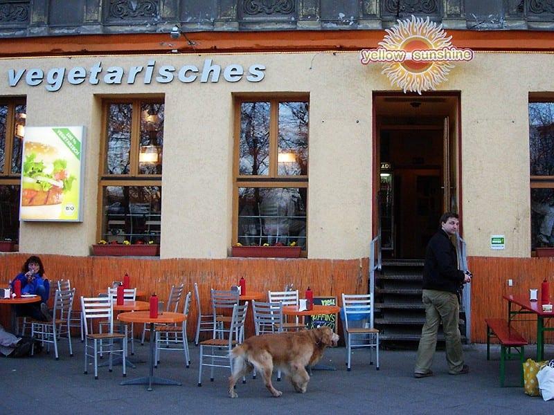 Yellow Sunshine Vegetarian Restaurant in Berlin