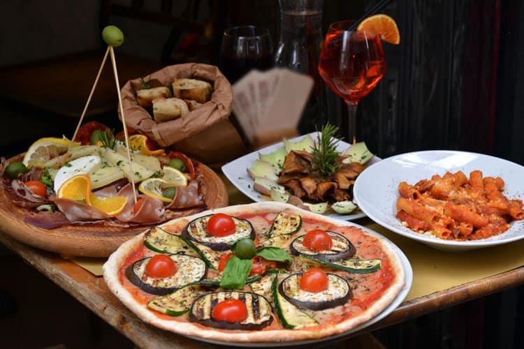 Aperitivo in Milan - aperitivo italiano