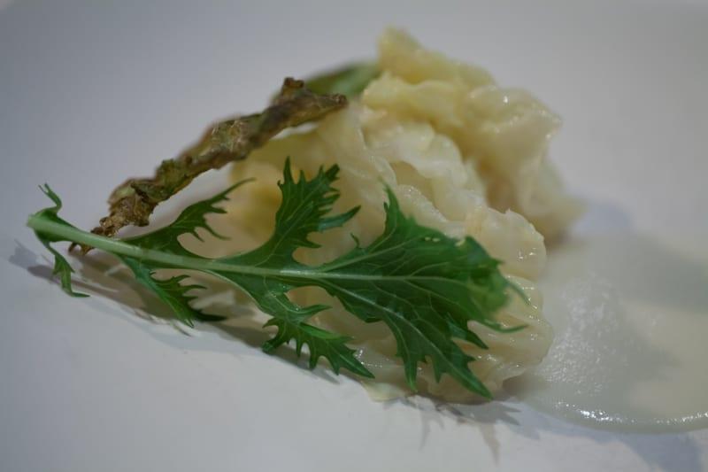 Castagna: Chicken wrapped in cabbage braised in yeast with mizuna