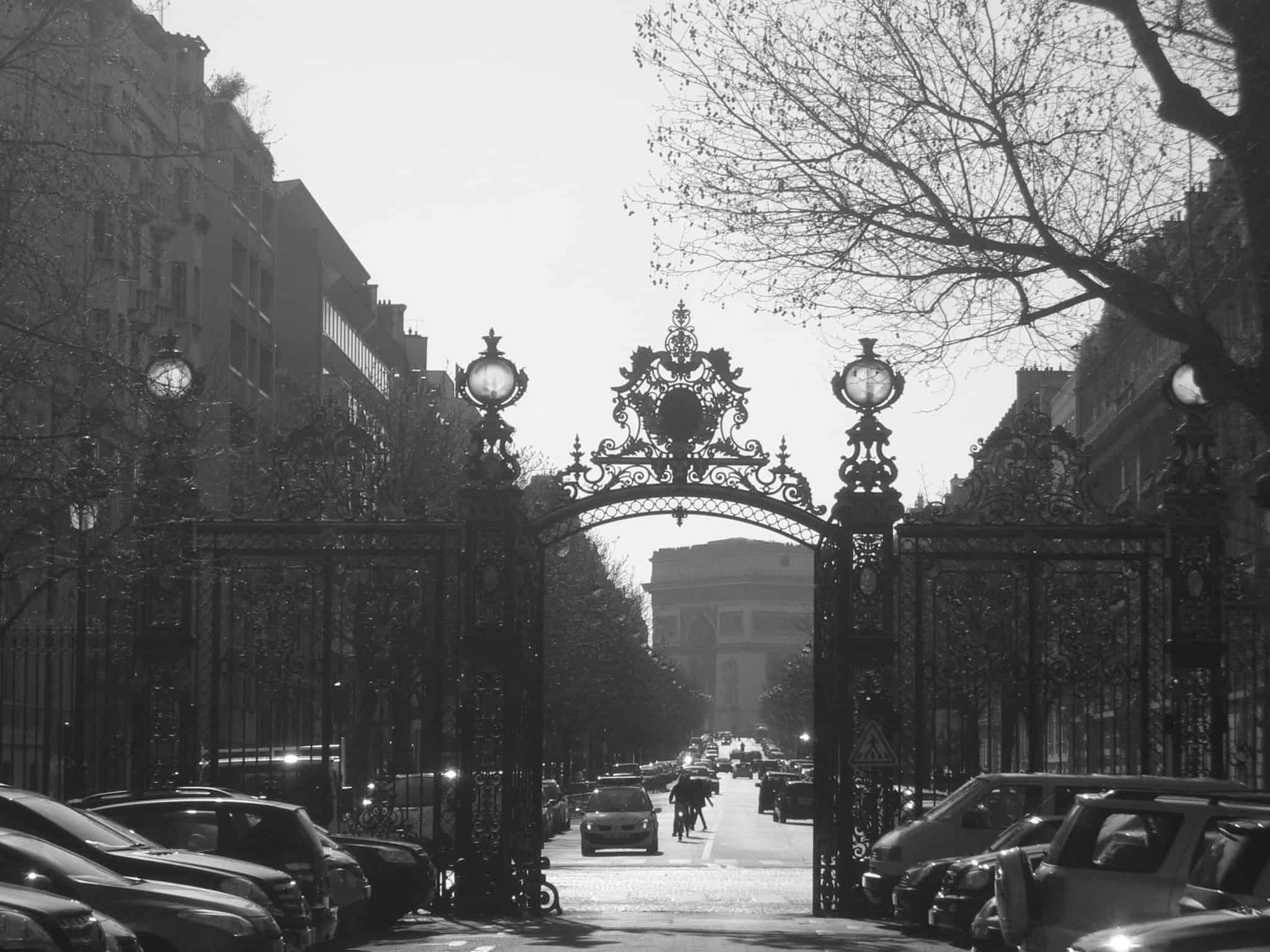 A Passion for Paris - La Mom - Parc Monceau