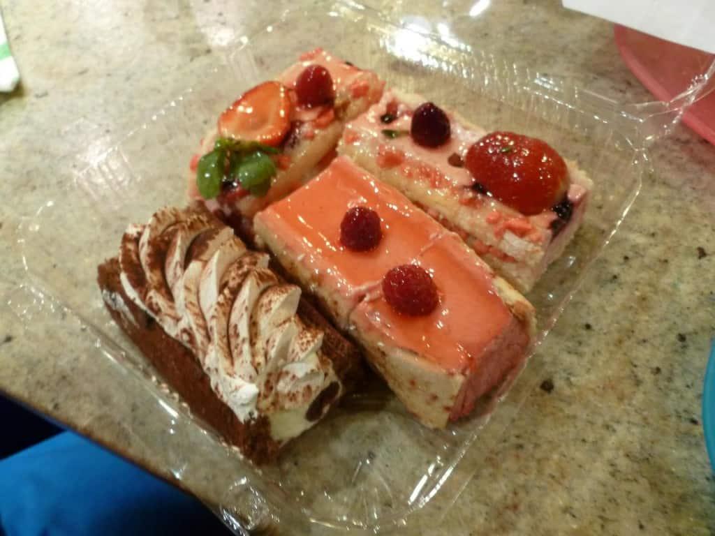 A Passion for Paris - La Mom - pastries