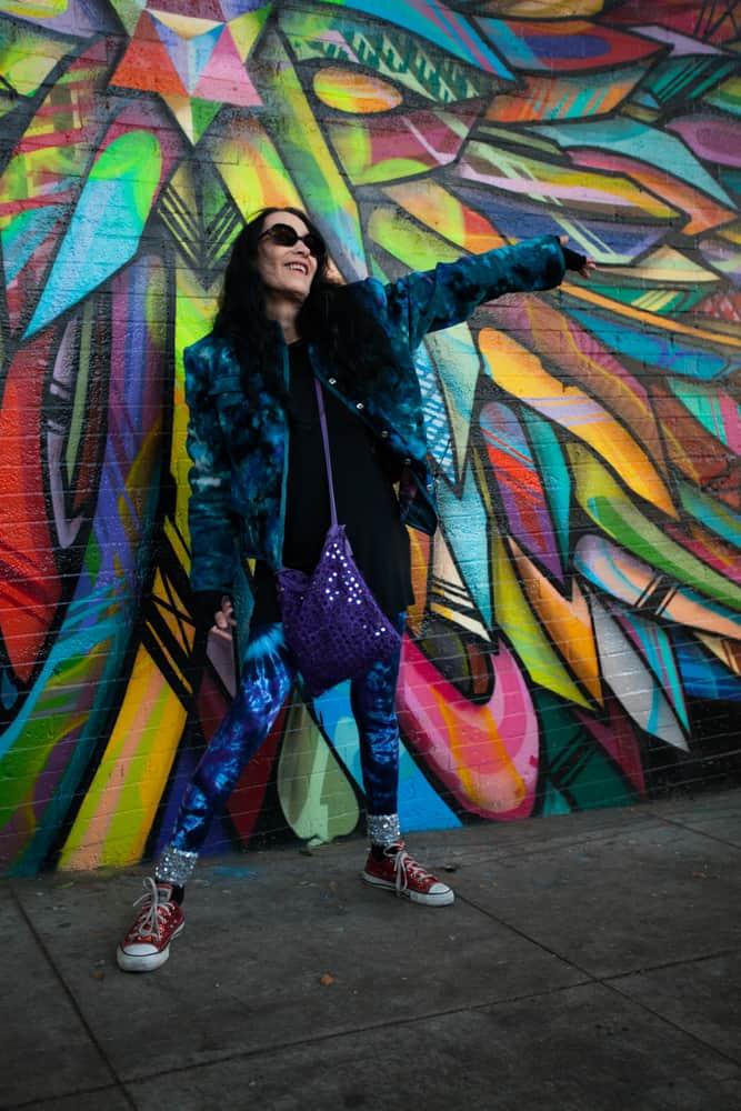 Izu Interlandi of Flower Power Walking Tour