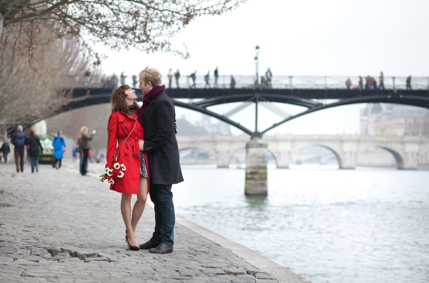 Romantic Strolls in Paris - Pont des Arts