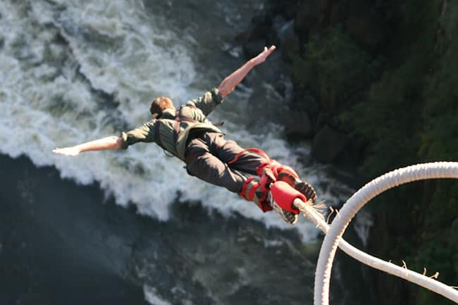 Bungee Jumping at Victoria Falla_KHASafrica
