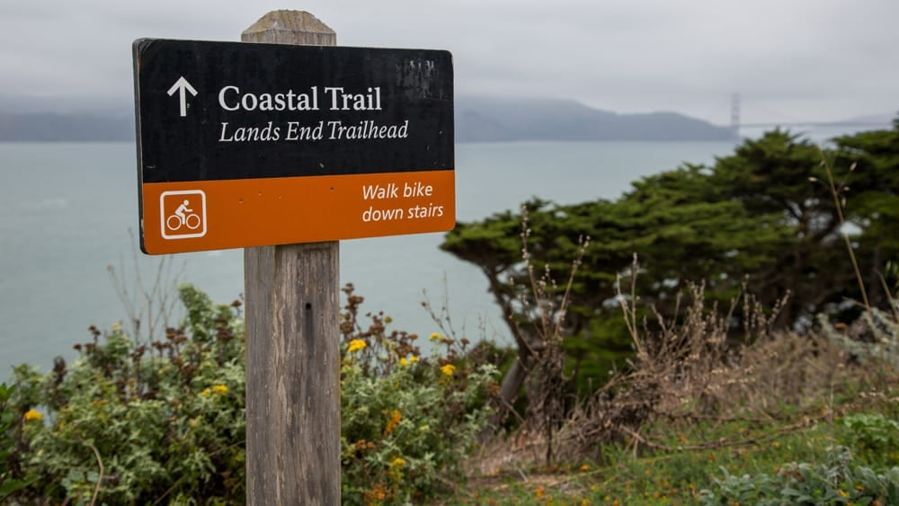 Coastal-Trail-Sign