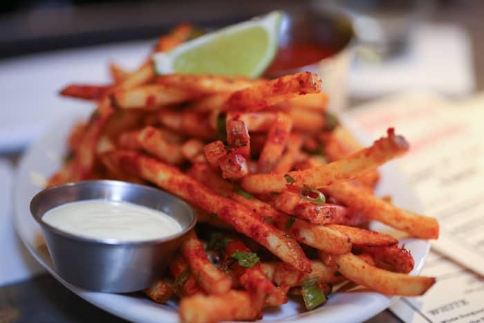 Underwood-Sriracha-Fries