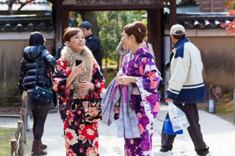 KYOTO-Kimono_Girls