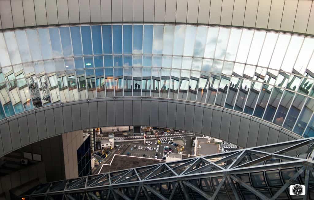 Osaka-Umeda-Sky-Building-Interior