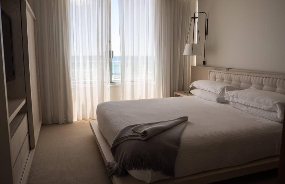 The Modern Honolulu Bed