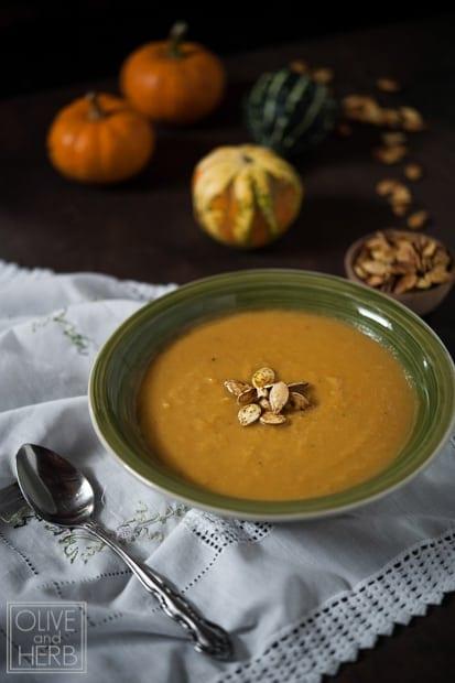 olive_herb_pumpkin_soup_guest_blog_everyday_maven2-2