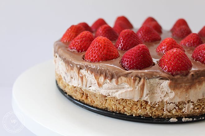No Bake Strawberry Chocolate Cheesecake (4)