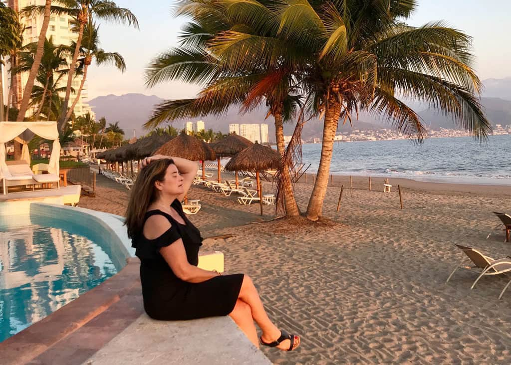 Traveler Tuesday Travel Blogger Interview - Cacinda of Points and Travel on the beach