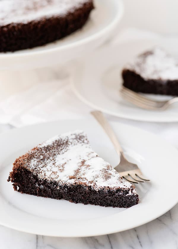 Food blogger - Bree Hester--chocolate-olive-oil-cake_10