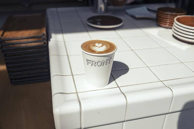 Front-Cafe