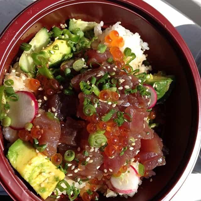 sammys-aloha-poke-salad