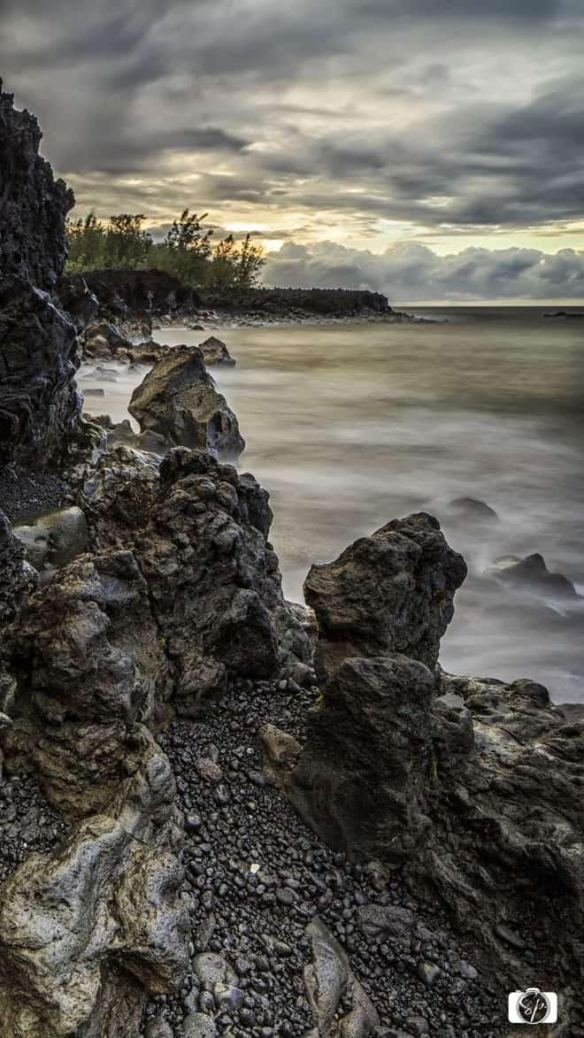 Hilo-Hawaii-Side-Rugged-Beach