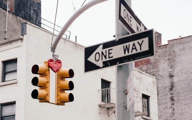 stoplight-heart-dalio-Photo