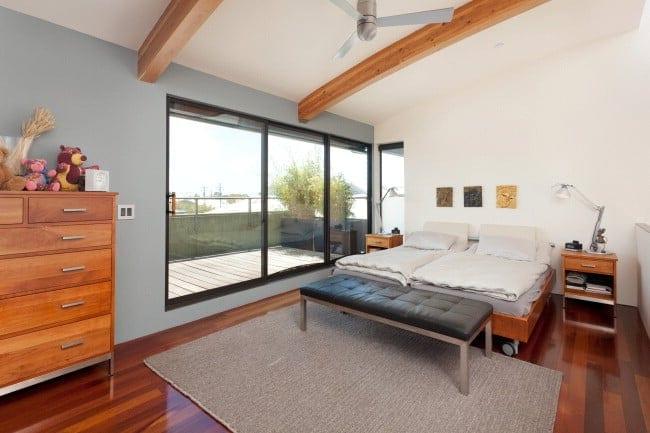 2211_5thB bedroom