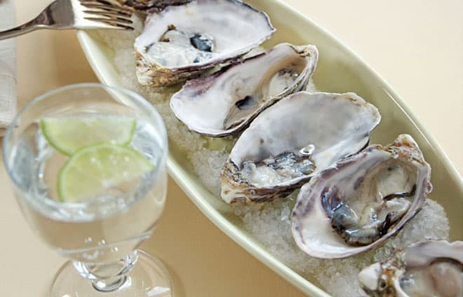 oyster-happy-hour