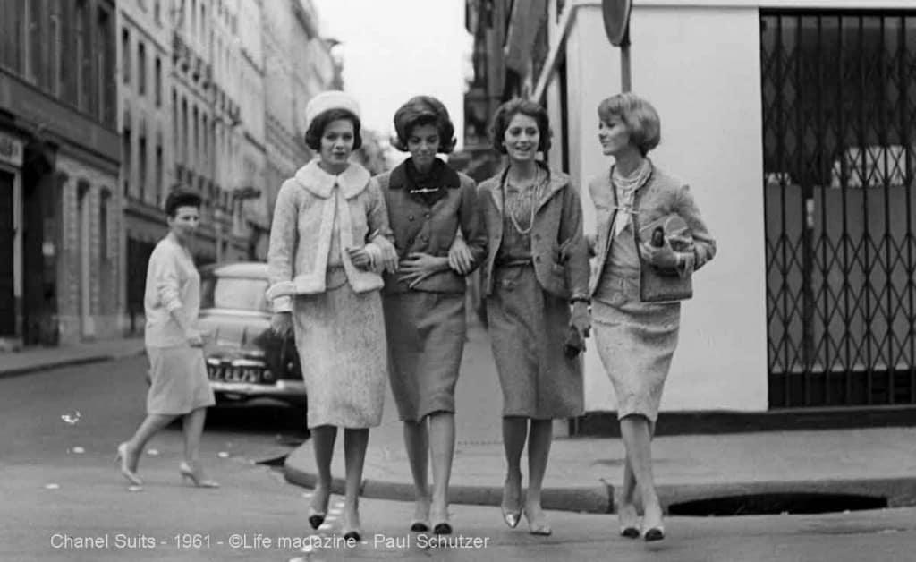 Chanel-suits-in-1961-Paul-Schutzer2