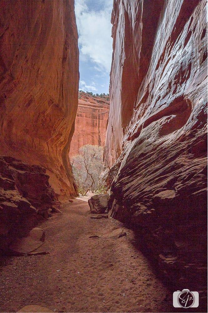 Utah Highway 12 Burr-Trail-Slot-Canyon