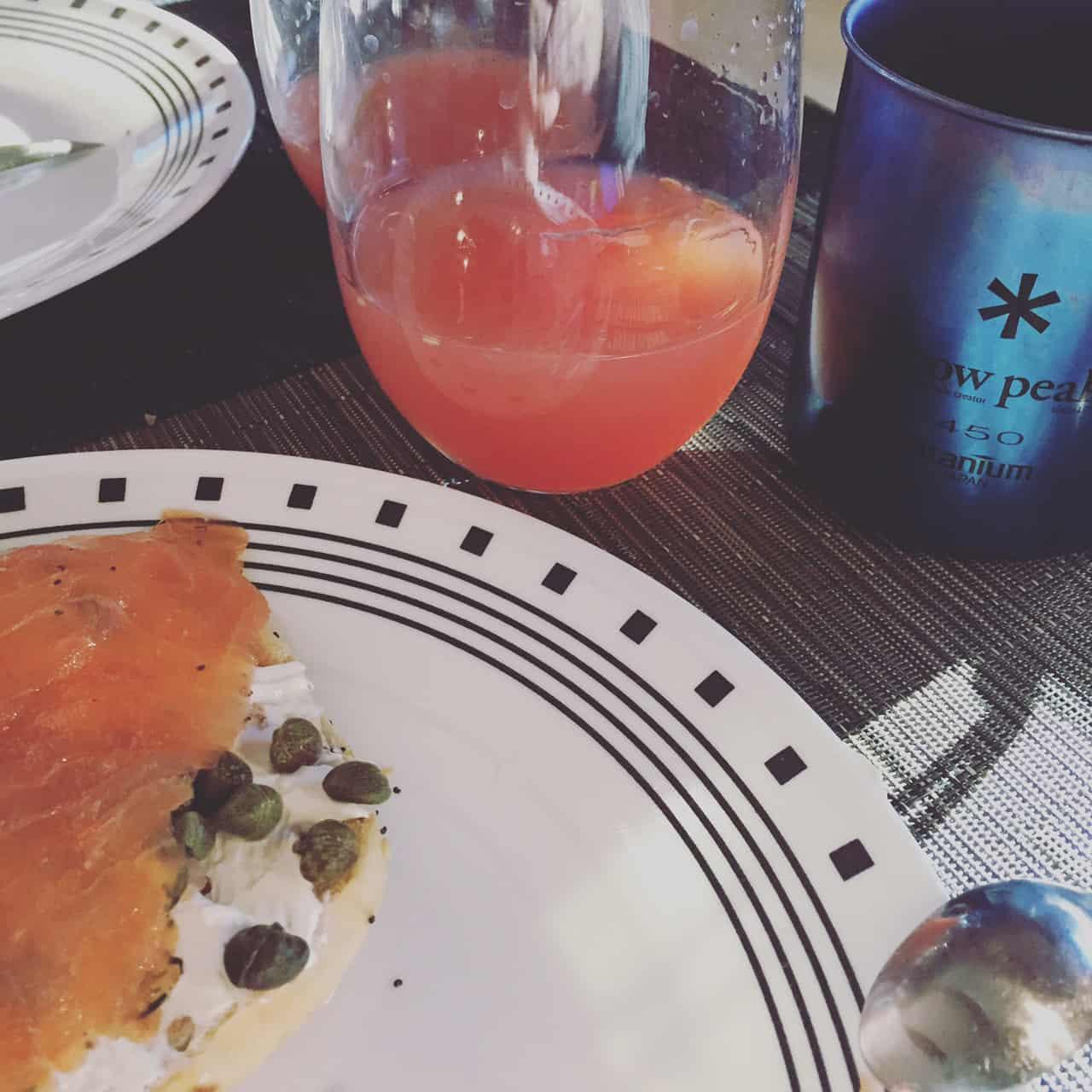 RV breakfast