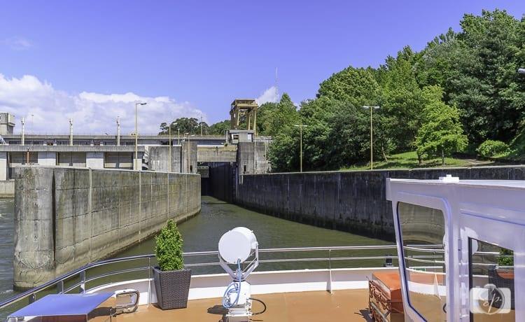 Viking River Cruises Portugal -Douro River Lock