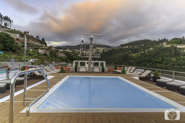 Viking River Cruises Portugal - Hemming Top Deck Pool