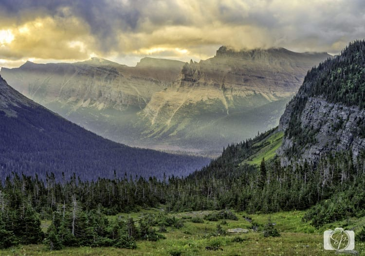 glacier-national-park-logan-pass-sunsrise