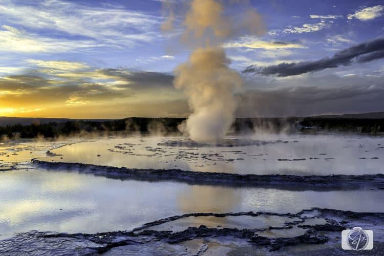 great-fountain-geyser-yellowstone national park