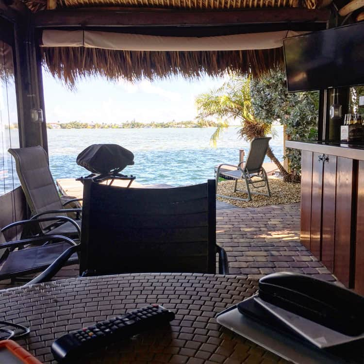tiki-office