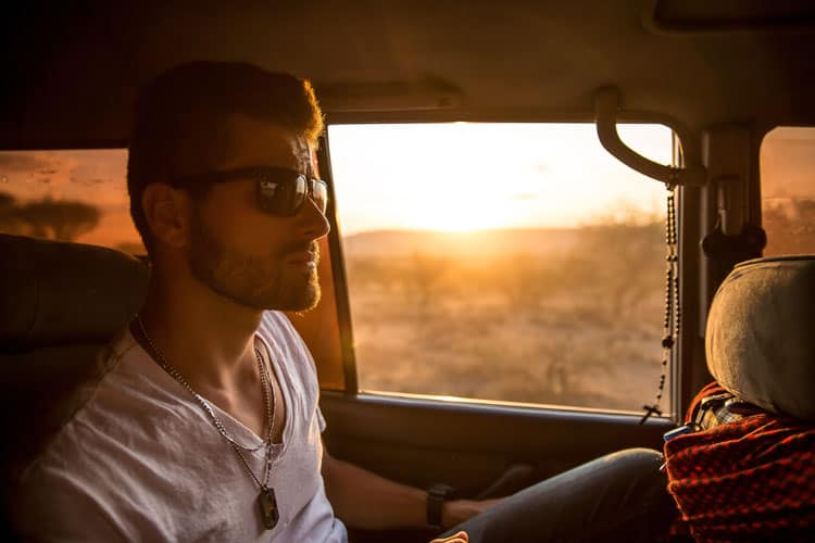 10 Reasons to date a guy who loves to travel