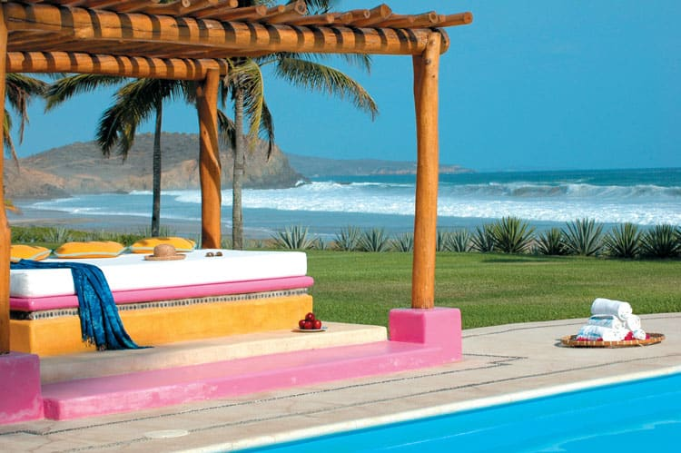 5 Tips for Budget Travel in Mexico - Stay in a Small Hotel Owned by Family