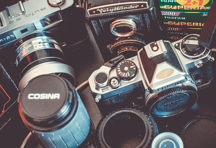 6 Useful Travel Photography Tips for Beginners - Change up your lens