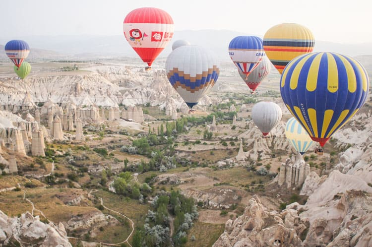 Fantastic Balloon Rides Around the World Ballooning over Cappadocia