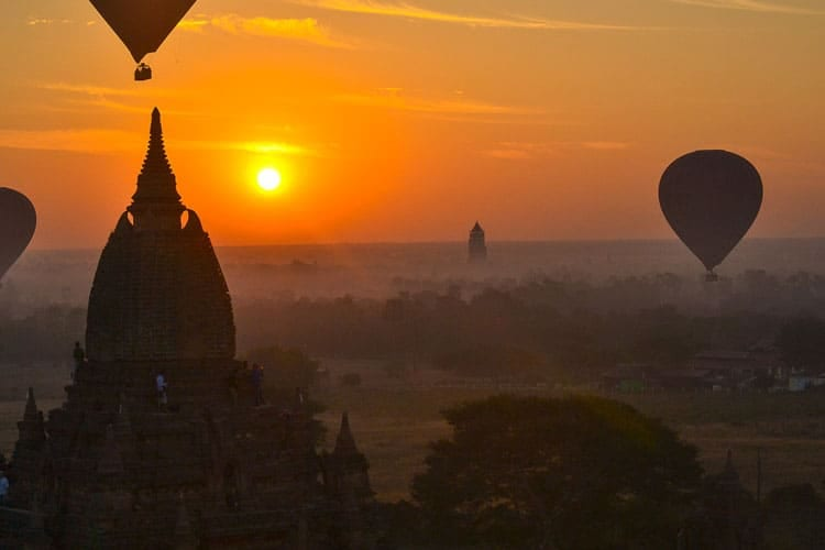 Fantastic Balloon Rides Around the World_Over the Wheat-Colored Fields of Bagan