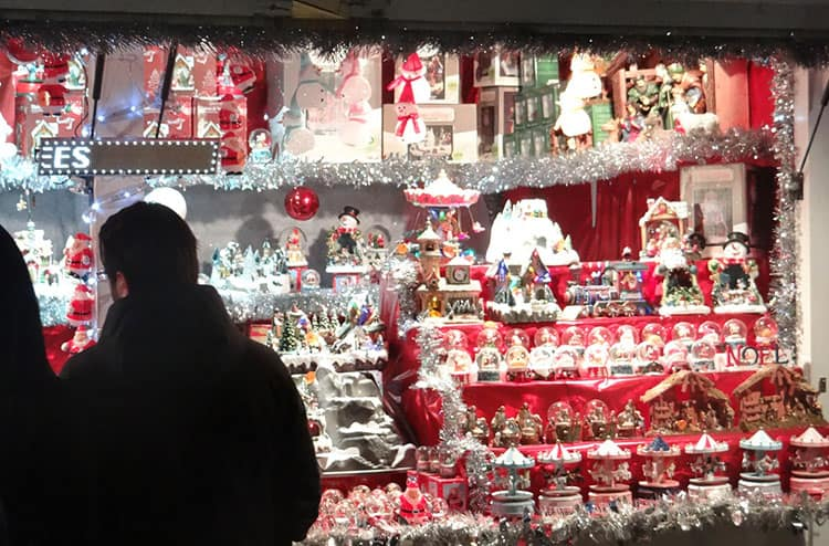 Paris for the Holidays - Champs Elysees Market2