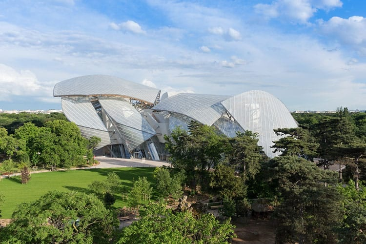Paris for the Holidays - foundation louis vuitton