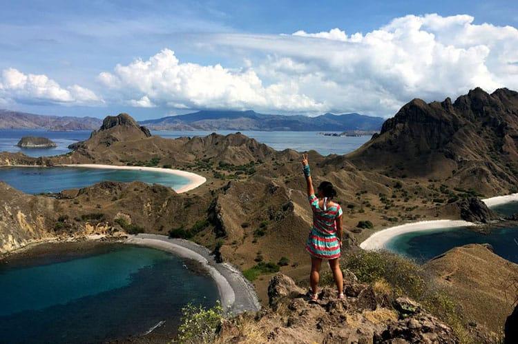 Traveler Tuesday - Jaclynn of The Occasional Traveller - Komodo-Padar-Beaches-V